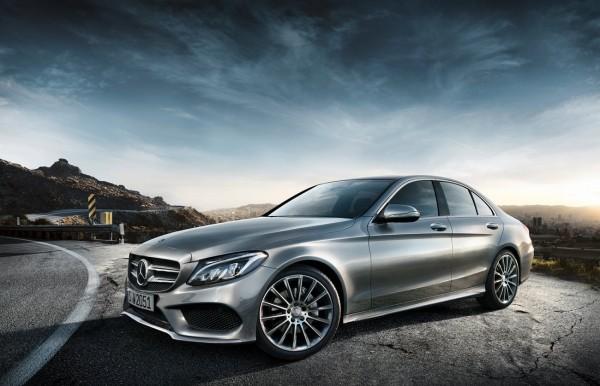 Mercedes-Benz-Classe-C-W205-2014.101-600x386